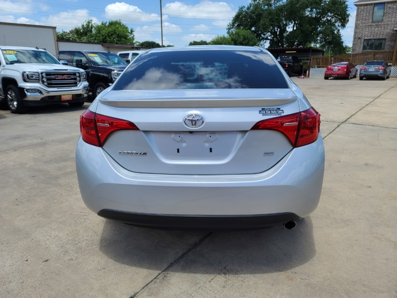 Toyota Corolla 2018 price $2,500