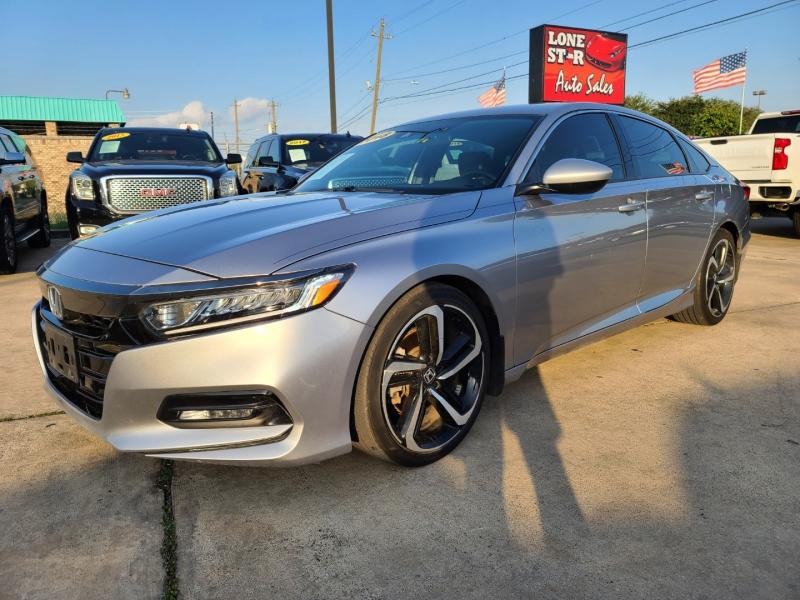 Honda Accord Sedan 2018 price $3,900