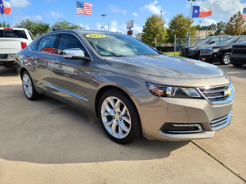 Chevrolet Impala 2019 price $3,300