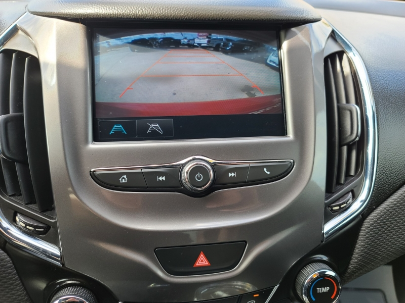 Chevrolet Cruze 2017 price $2,500