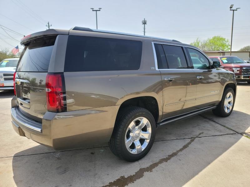 Chevrolet Suburban 2015 price $5,000