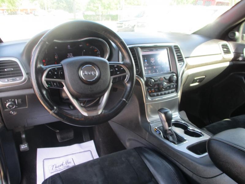 Jeep Grand Cherokee 2018 price $3,995