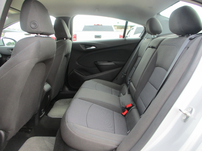 Chevrolet Cruze 2019 price $2,795