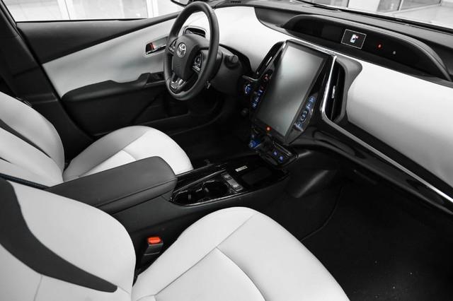Toyota Prius 2019 price $25,985