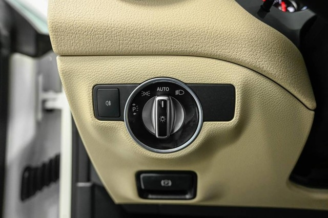 Mercedes-Benz CLA 2018 price $26,985