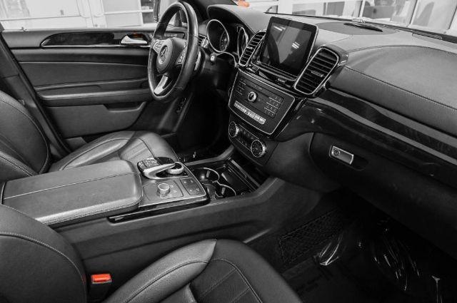 Mercedes-Benz GLS 2017 price $52,985