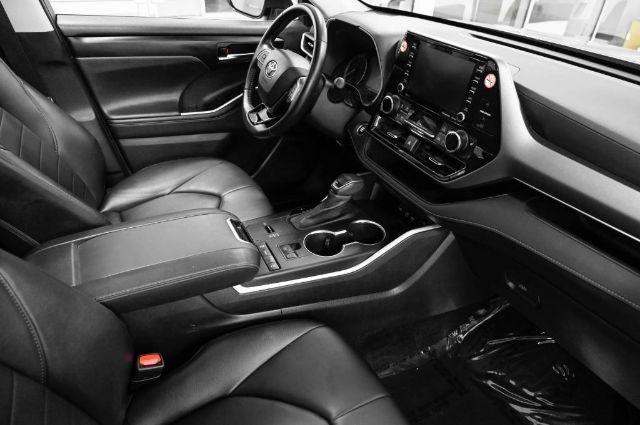 Toyota Highlander 2020 price $36,888