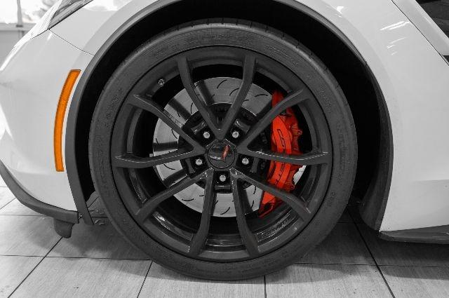 Chevrolet Corvette 2019 price $61,985