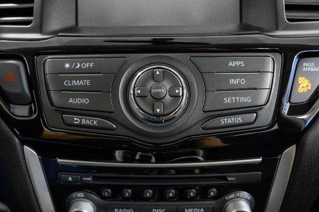Nissan Pathfinder 2017 price $19,868