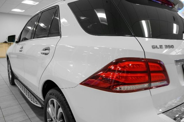 Mercedes-Benz GLE 2018 price $34,985
