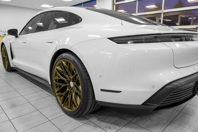 Porsche Taycan 2020 price $121,988