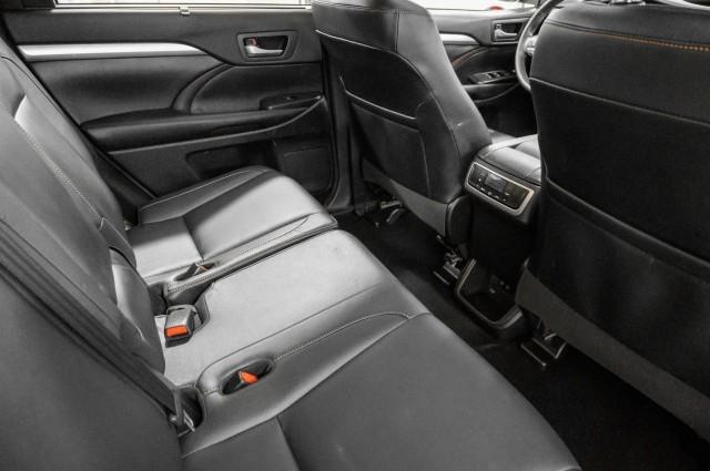 Toyota Highlander 2018 price $29,985