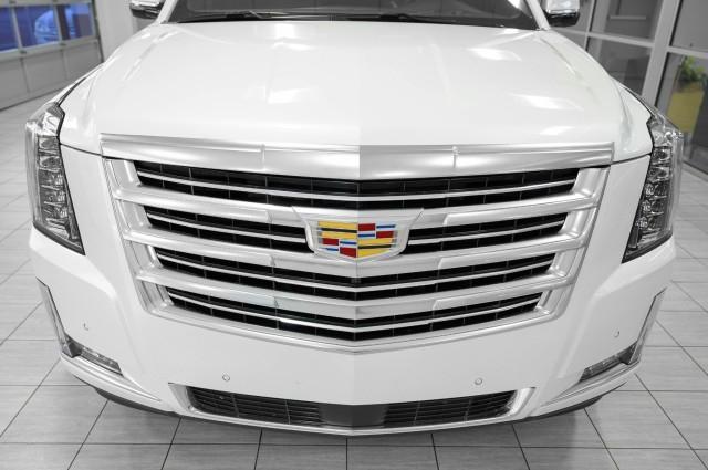Cadillac Escalade ESV 2019 price $69,985