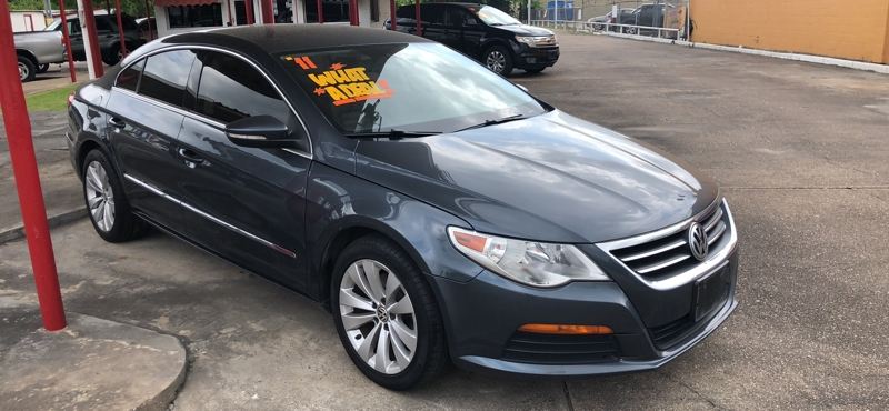 Volkswagen CC 2011 price Call for price