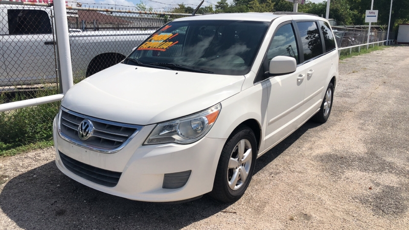 Volkswagen Routan 2011 price Call for price