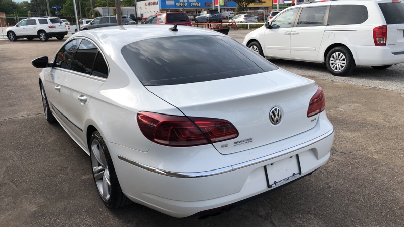 Volkswagen CC 2013 price Call for price