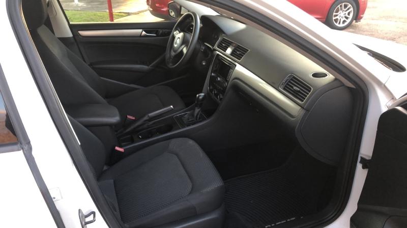 Volkswagen Passat 2014 price Call for price