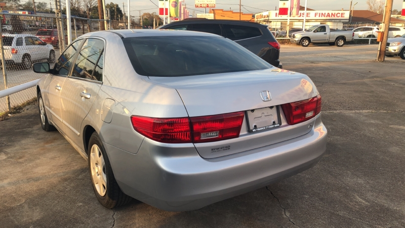 Honda Accord Sdn 2005 price Call for price