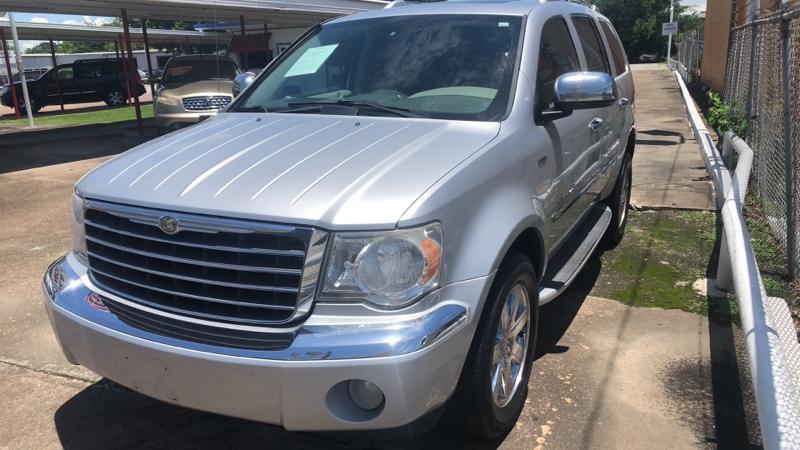 Chrysler Aspen 2008 price Call for price