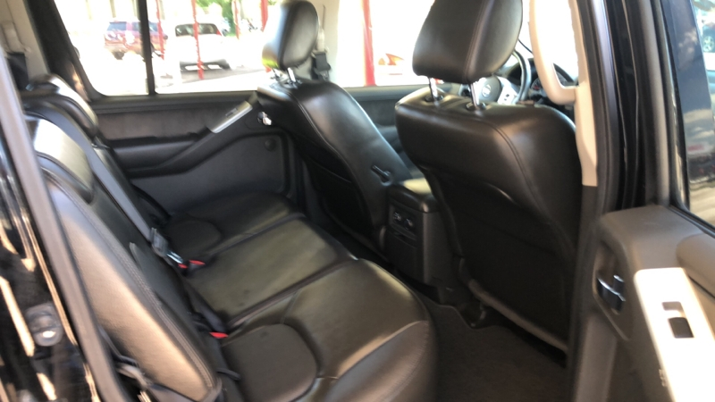 Nissan Pathfinder 2011 price Call for price