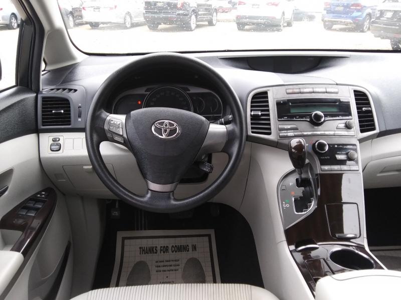 Toyota Venza 2009 price $8,495