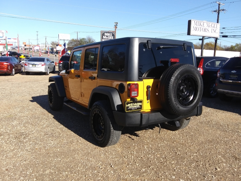 Jeep Wrangler Unlimited 2012 price $15,995