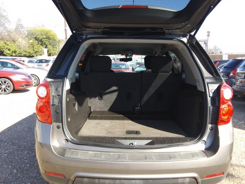 Chevrolet Equinox 2010 price $4,995