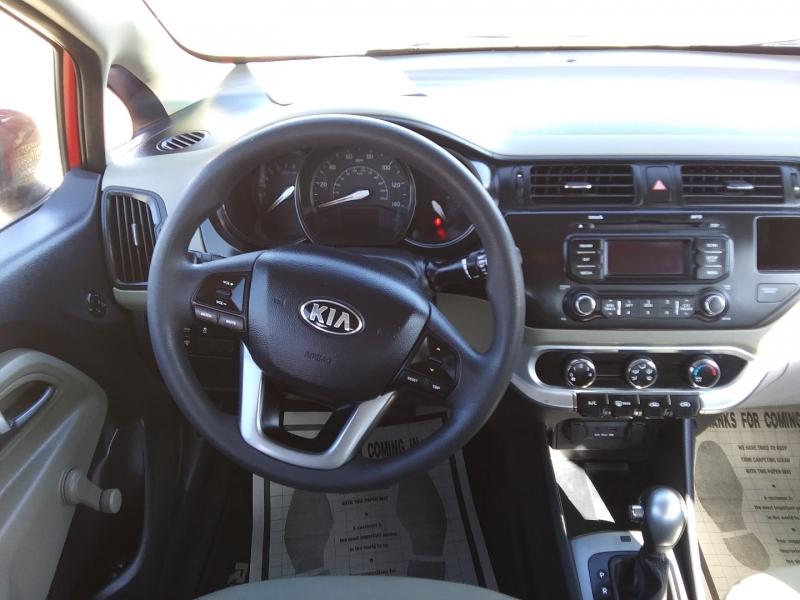 Kia Rio 2015 price $7,995