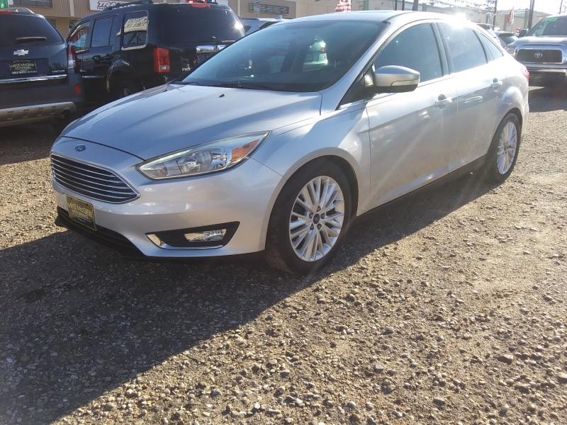 Ford Focus 2015 price $9,495