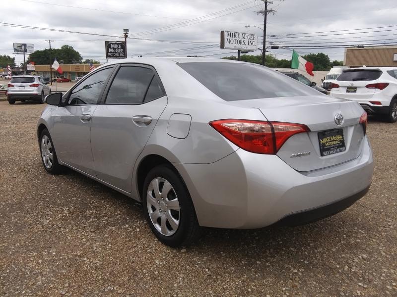 Toyota Corolla 2017 price $9,995