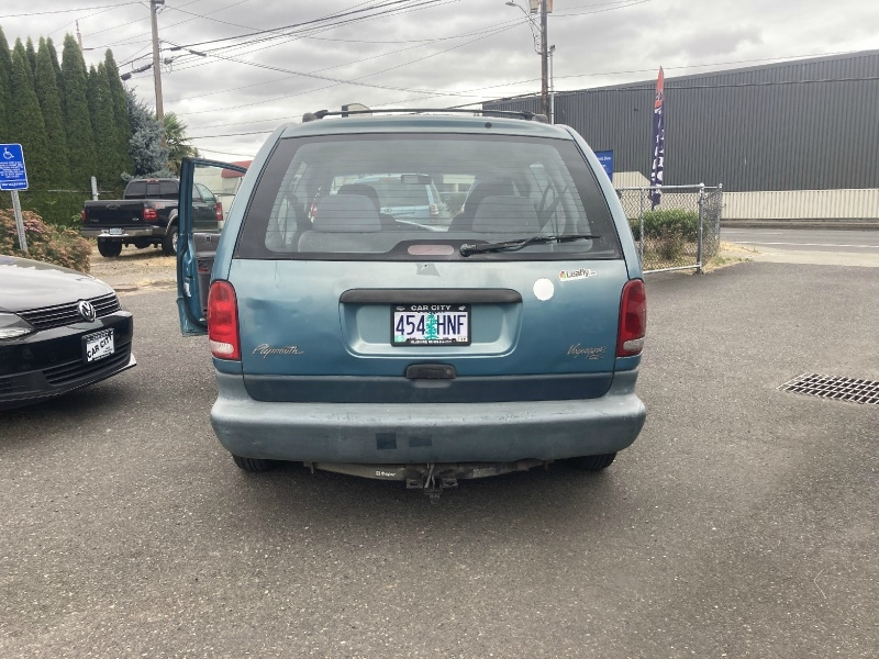 Plymouth Voyager 1996 price $2,195