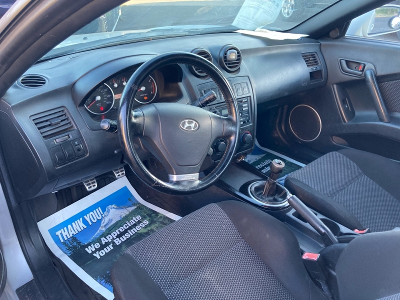 Hyundai Triburon 2003 price $3,795