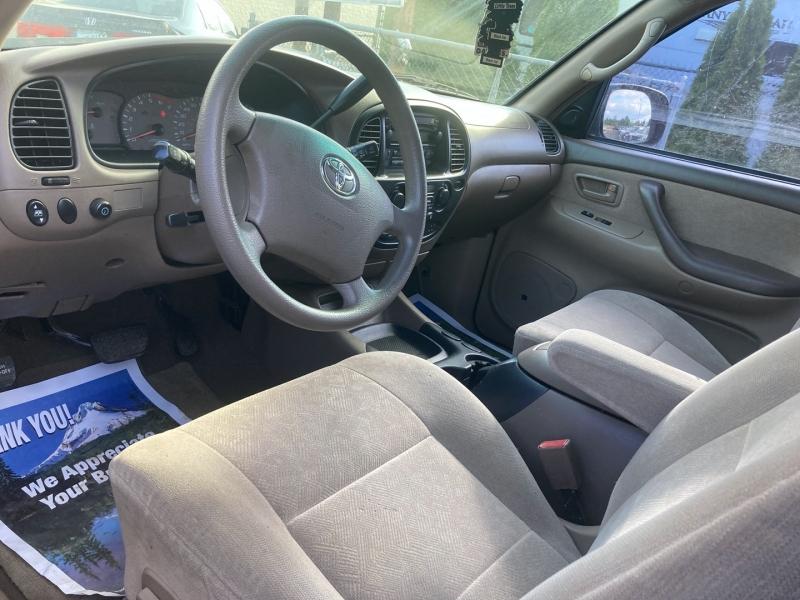 Toyota Sequoia 2003 price $7,495