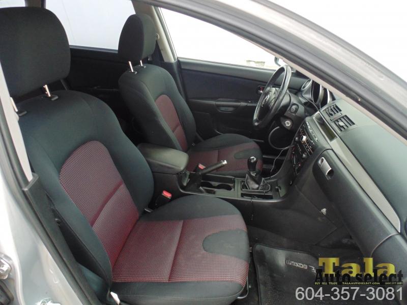 Mazda 3 2006 price $3,995