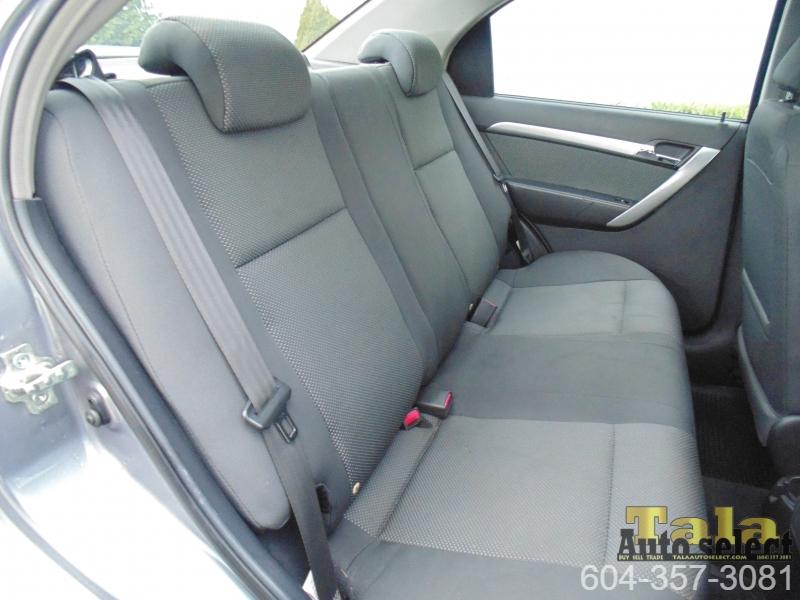 Pontiac WAVE 2009 price $3,888
