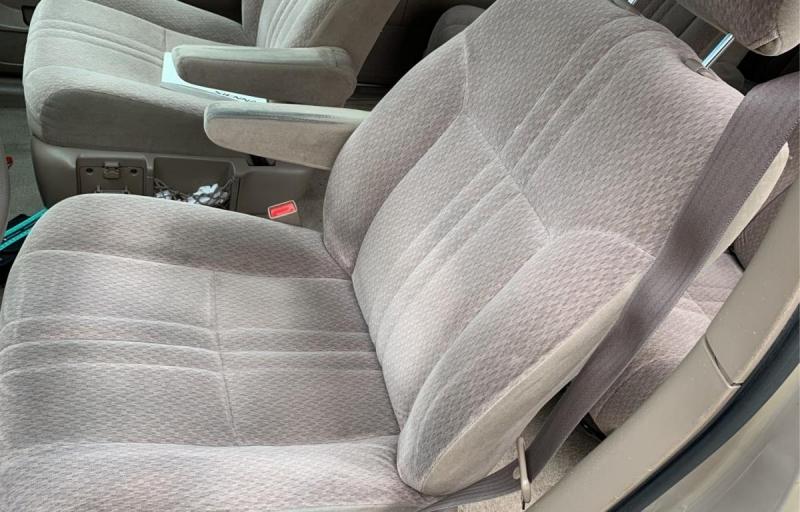 Toyota Sienna 2001 price $1,488