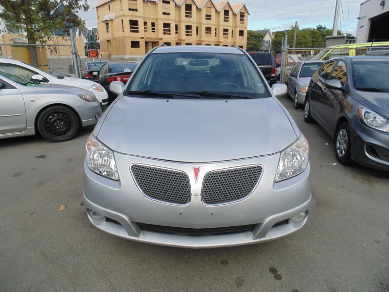 Pontiac Vibe 2006 price $2,995