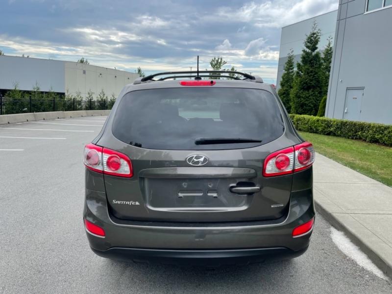 Hyundai Santa Fe 2012 price $6,995