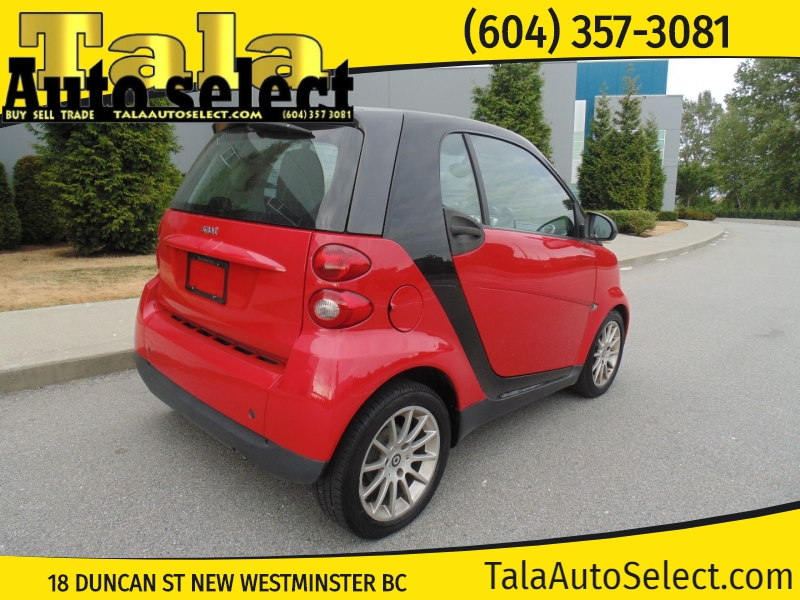 Smart fortwo 2011 price $3,995