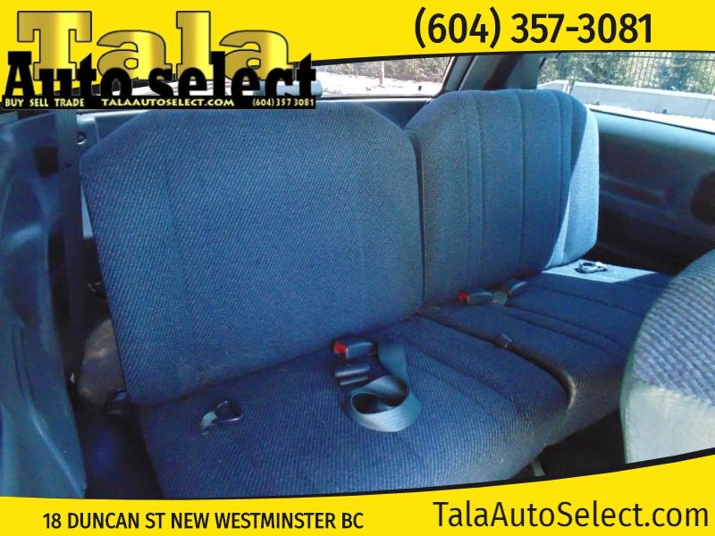 Toyota Previa 1993 price $2,500