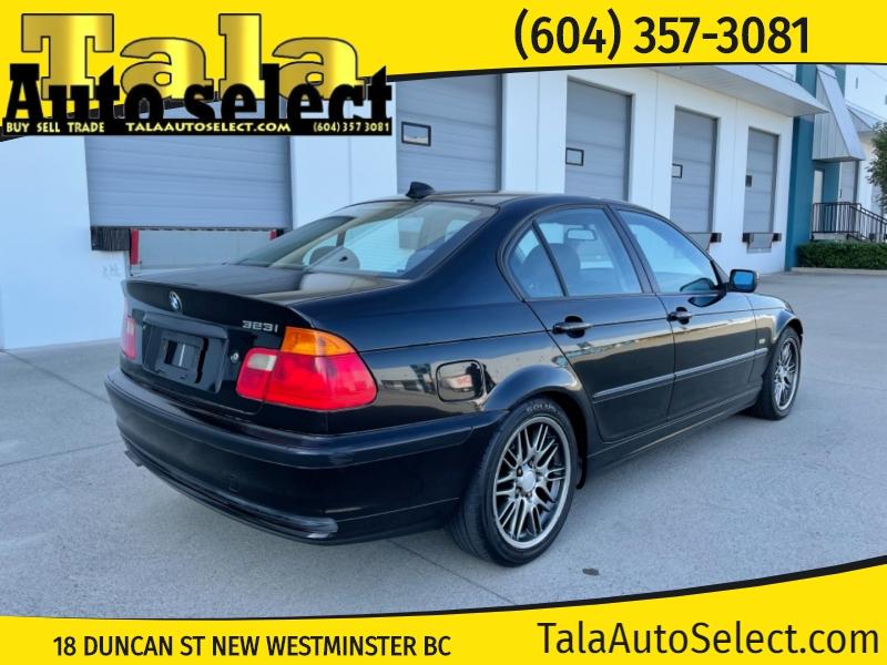 BMW 323i 2000 price $2,500