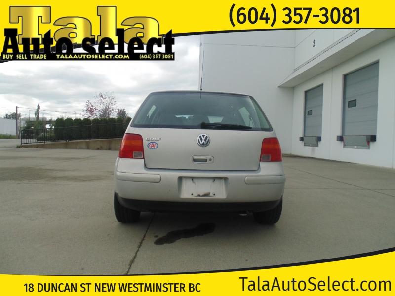 Volkswagen Golf 2000 price $3,995