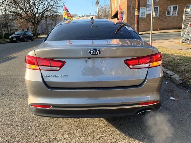 Kia Optima 2018 price $999