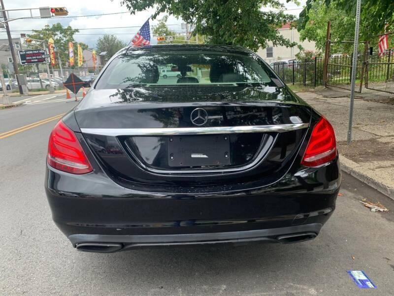 Mercedes-Benz C-Class 2015 price $499