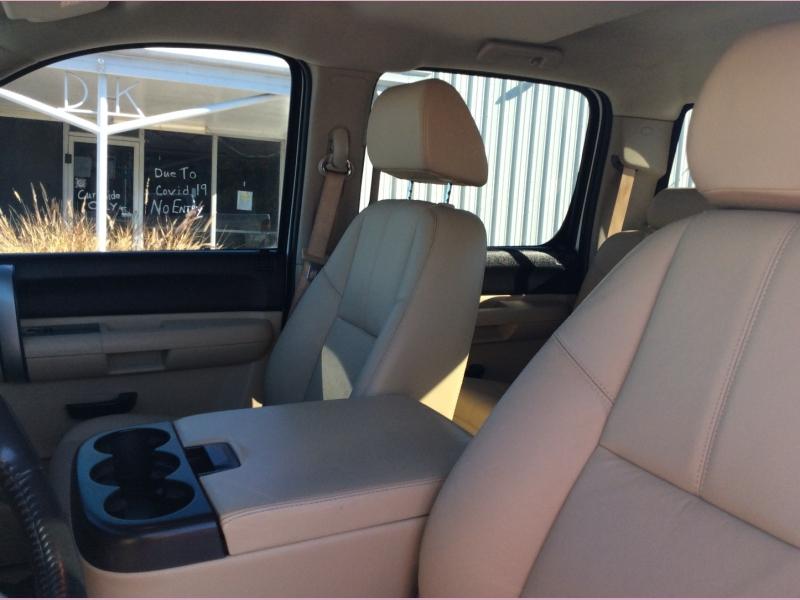 Chevrolet Silverado 1500 2009 price 2000down