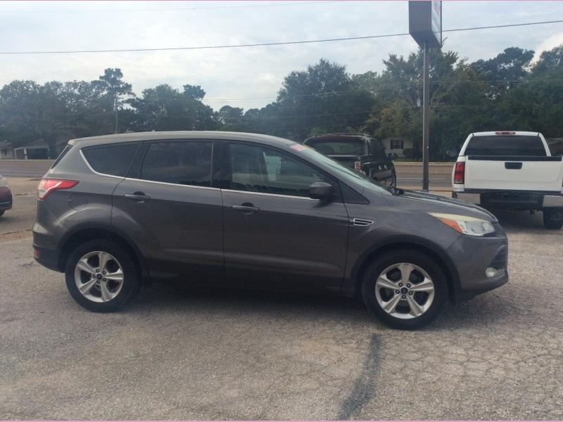 Ford Escape 2013 price 1500down