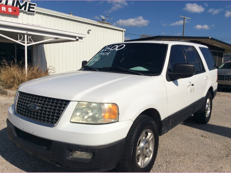 Ford Expedition 2003 price $2,600 Cash