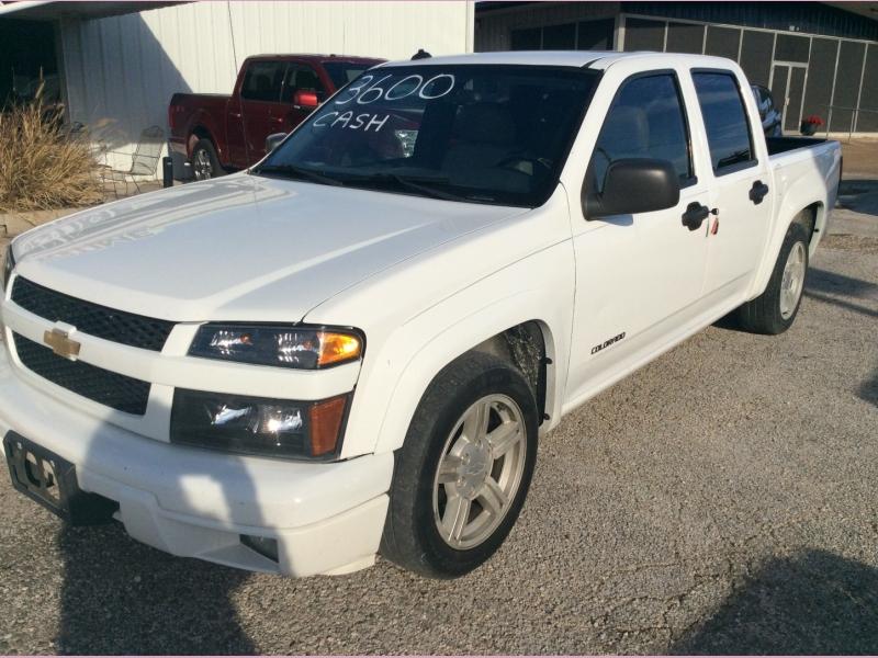 Chevrolet Colorado 2004 price 3600cash