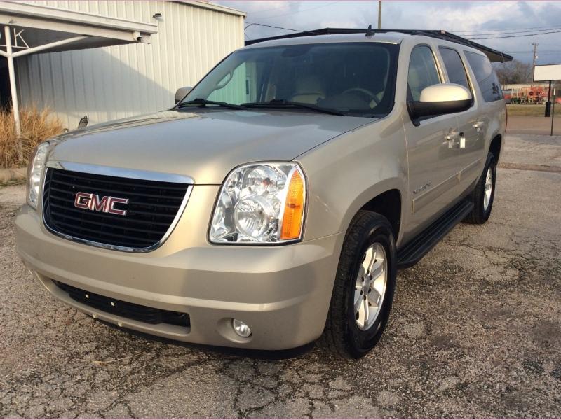 GMC Yukon XL 2010 price 2000down