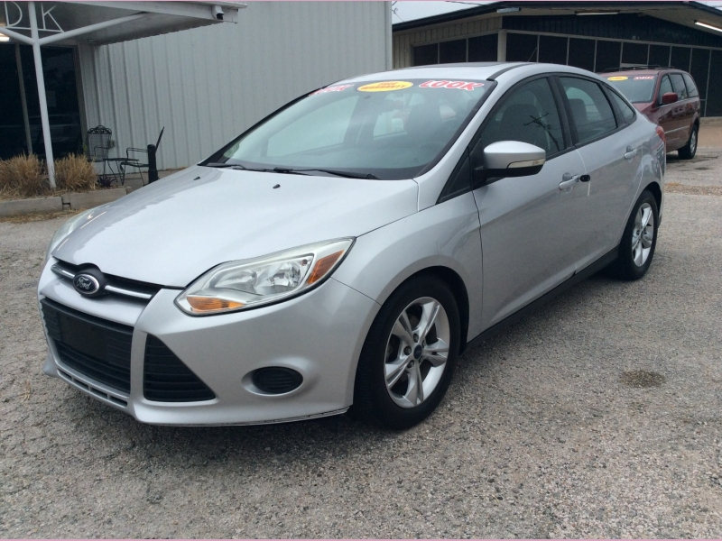 Ford Focus 2014 price 1900down